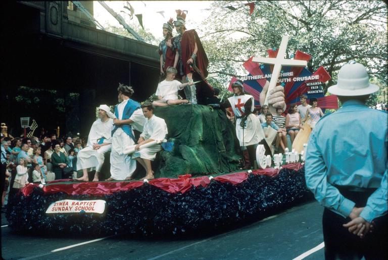 : Sutherland Shire Youth Crusade Gymea Baptist Sunday School float, 1965 (City of Sydney Archives, SRC18949)
